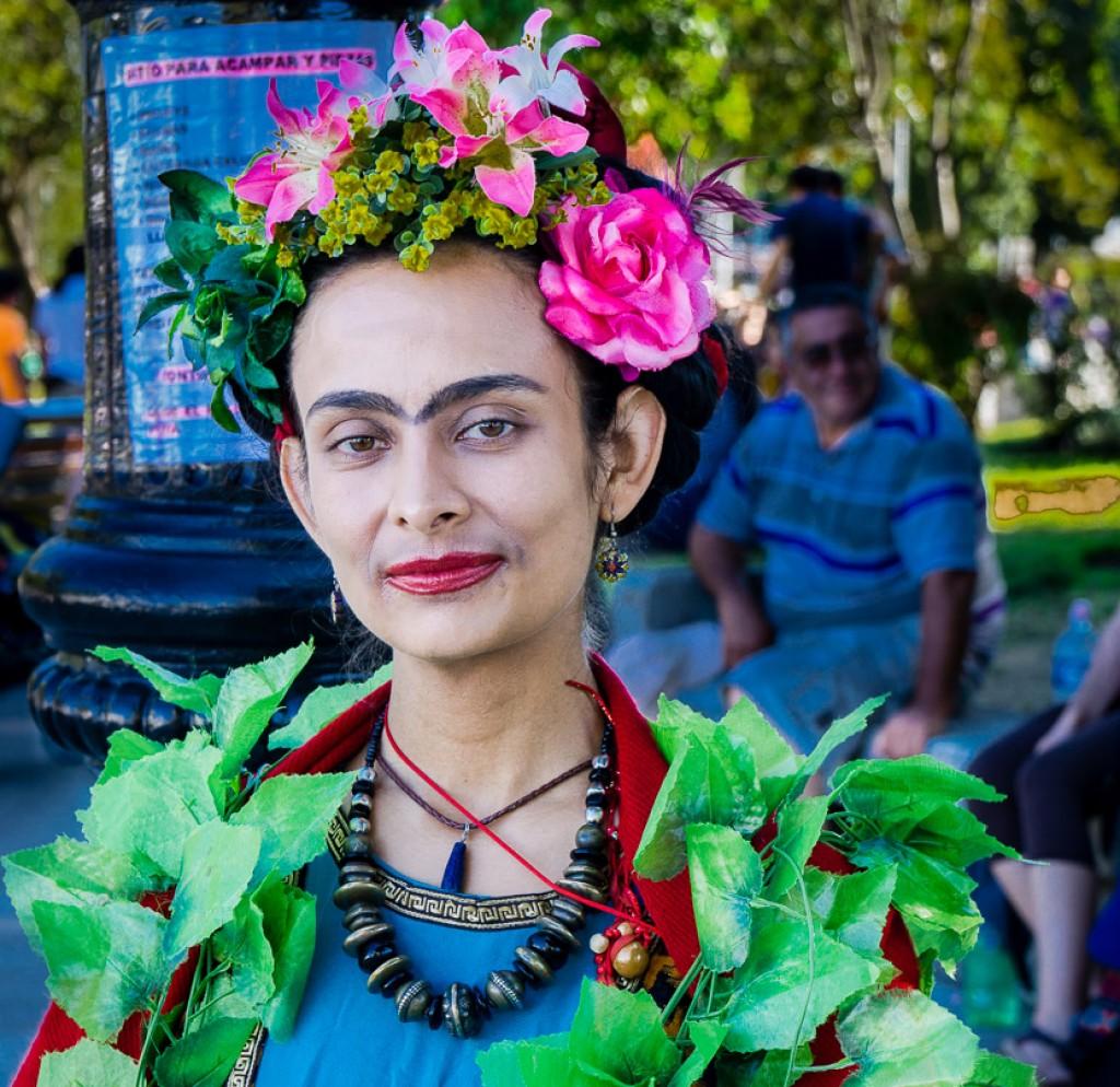 Frida Kahlo reincarnate, central plaza, Castro, Chiloé, Chile